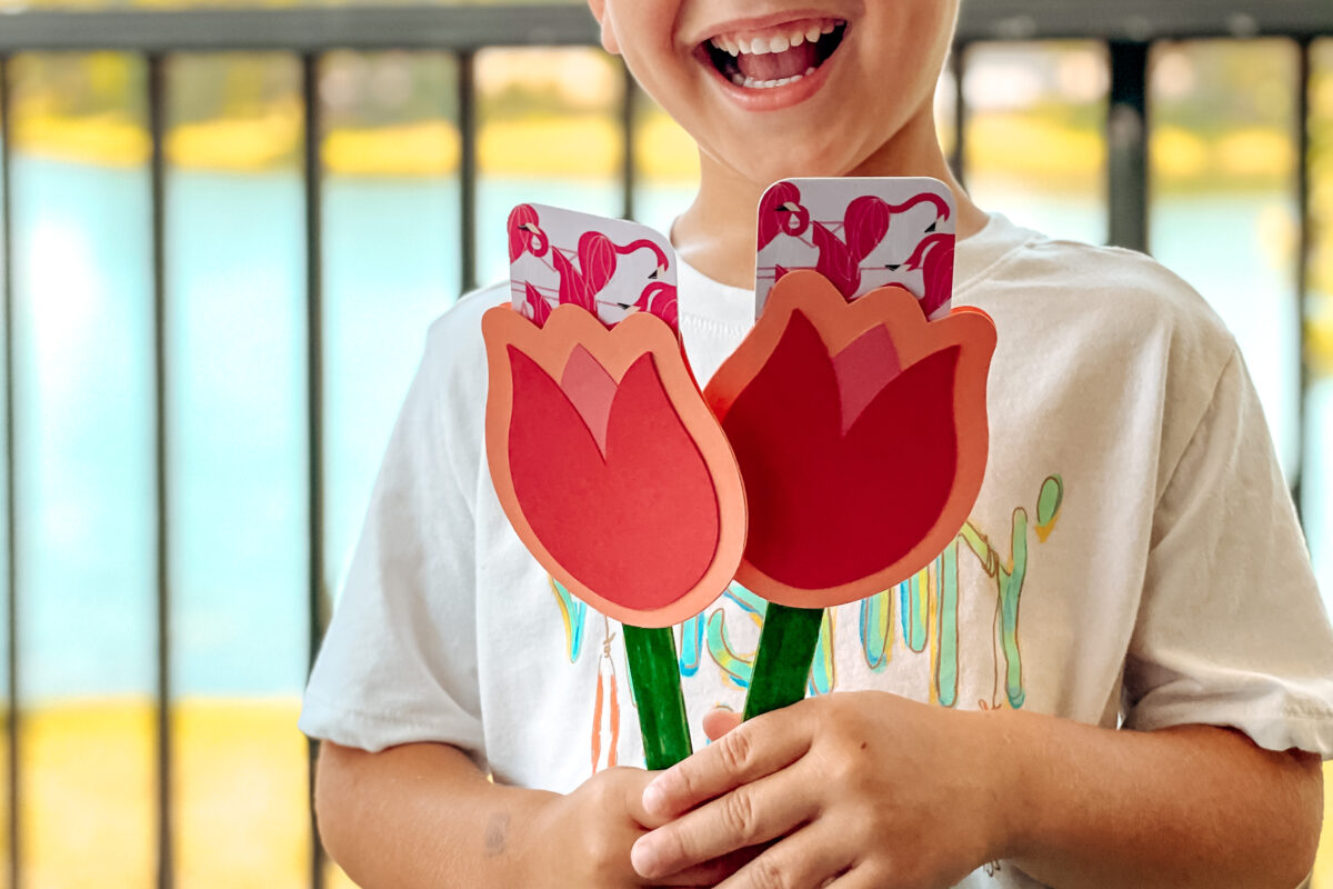 tulip_gift_card_holder