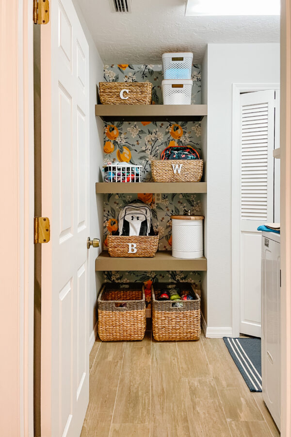 laundry_room_shelves